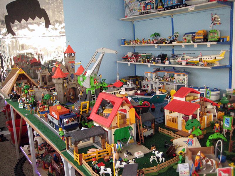 Erics Schatzkiste Playmobil Tisch