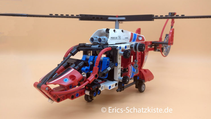 Lego® 8068 Technic Rescue Helicopter Rettungshubschrauber (Get it @ PLAY-BAY.de)