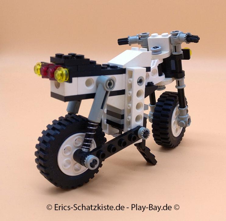 Lego® 8810 [Technic] Cafe Racer (Get it @ PLAY-BAY.de)