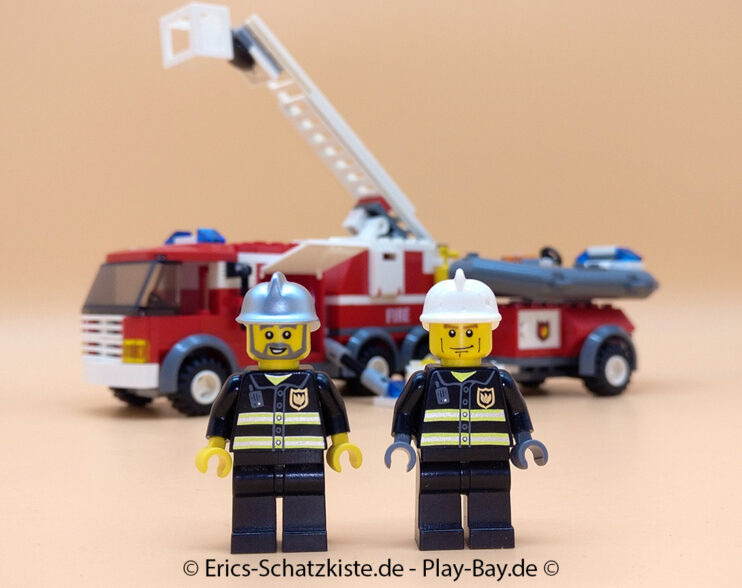 Lego® 7239 [City] Feuerwehrlöschzug Fire Truck (Get it @ PLAY-BAY.de)