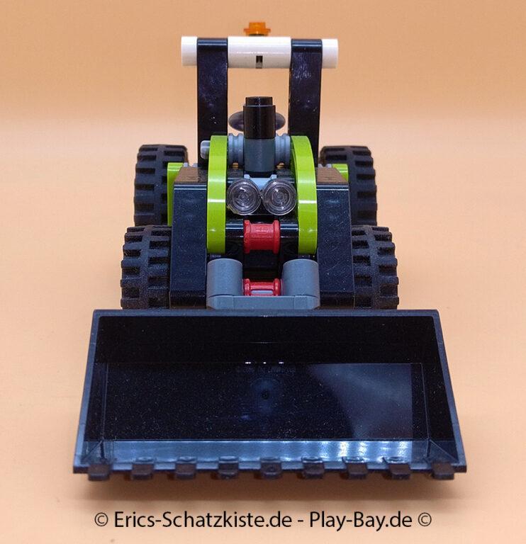 Lego® 8260 [Technic] Mini Traktor Tractor (Get it @ PLAY-BAY.de)